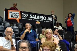 Os servidores lotaram as galerias do Legislativos, acompanhados pelos representantes do Simpa, e garantiram a aprovação da emenda 109